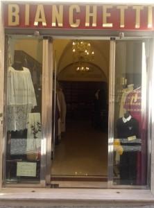abiti ecclesistici negozio Roma